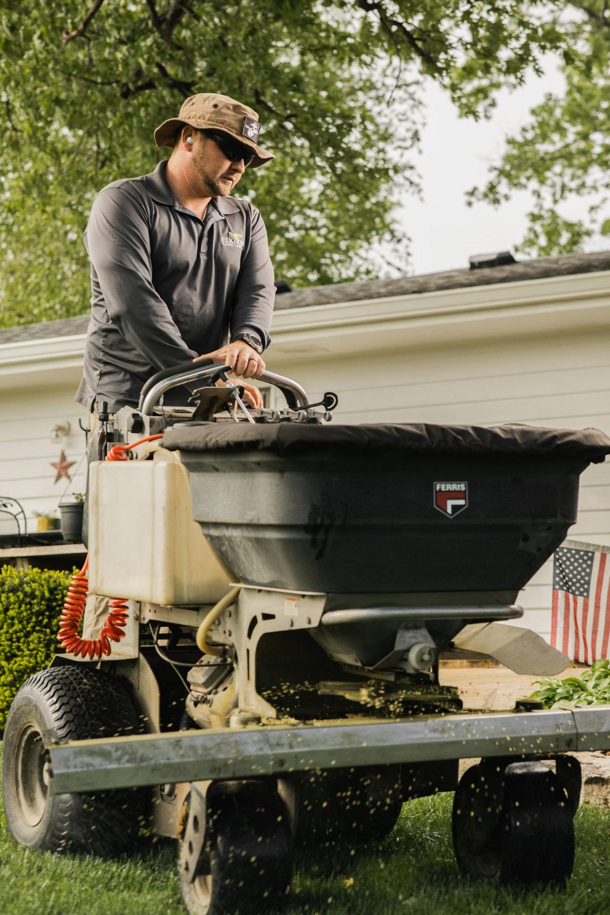 Lawn Care Service Omaha NE   Lawn Fertilizing Company